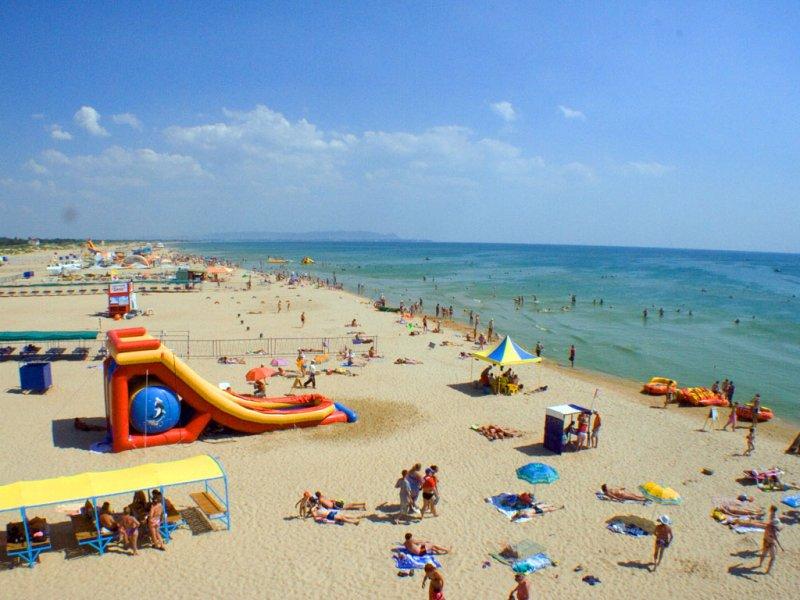Просторный пляж