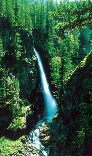 Водопады на реке Шинок