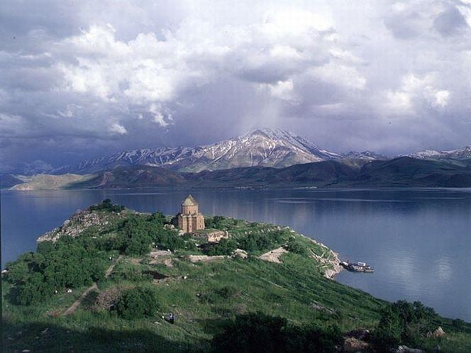 Озеро-Ван
