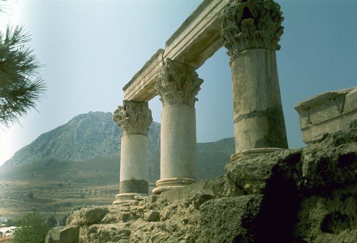 Лучшее время для отдыха в Греции
