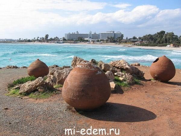Температура воздуха и воды на Кипре