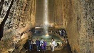 Подземный водопад Америки
