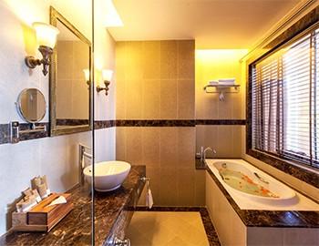 Nha Trang Beach Hotel & Spa