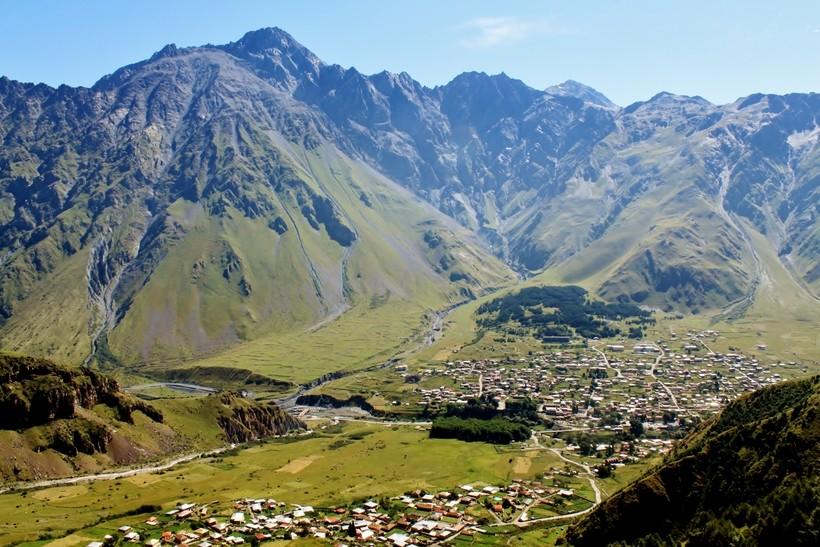 гора казбек самая высокая вершина кавказа